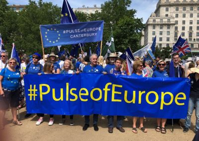 HighWycombe_Pulse of Europe gathering before the London March 2018